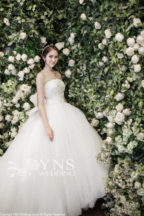 50b3a9ed42e1c ... ウェディングドレス。1000以上の. 出典www.yns-wedding.com